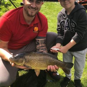 Jammes Sillett and his son enjoying a family day on So Simple, thanks for the pic James!