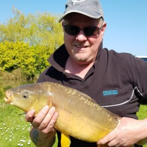 Mark Irons Lambert and a fighting fit mirror, Mark was on the Bog and Gofters!