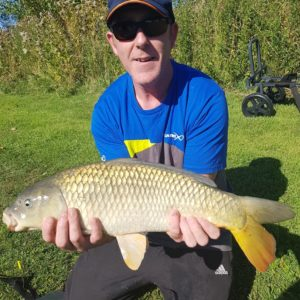 Dave Farrer with a belting common!