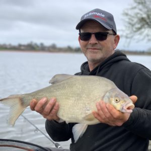 Mark Leader is some bream angler, Mark with another slab from Durleigh, taught us a lot last year,thanks Mark