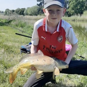 Jacob Dorey with a gorgeous mirror using our RTGs in a method feeder,well done Jacob!